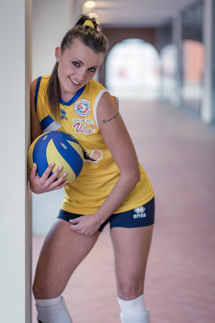 Sara volley